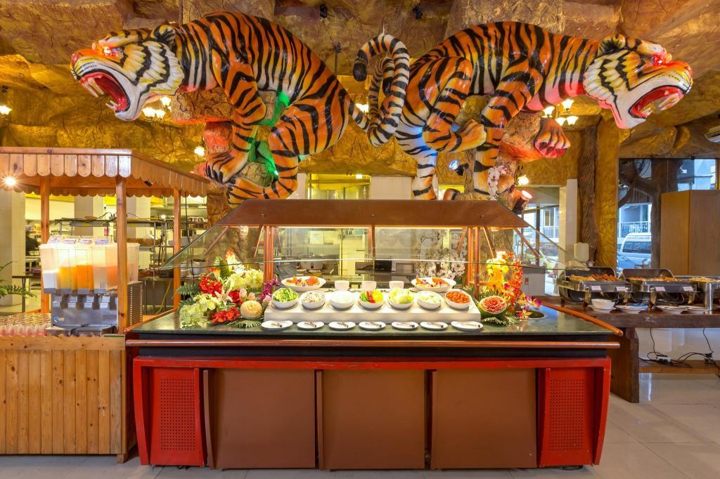 タイガー ホテル12