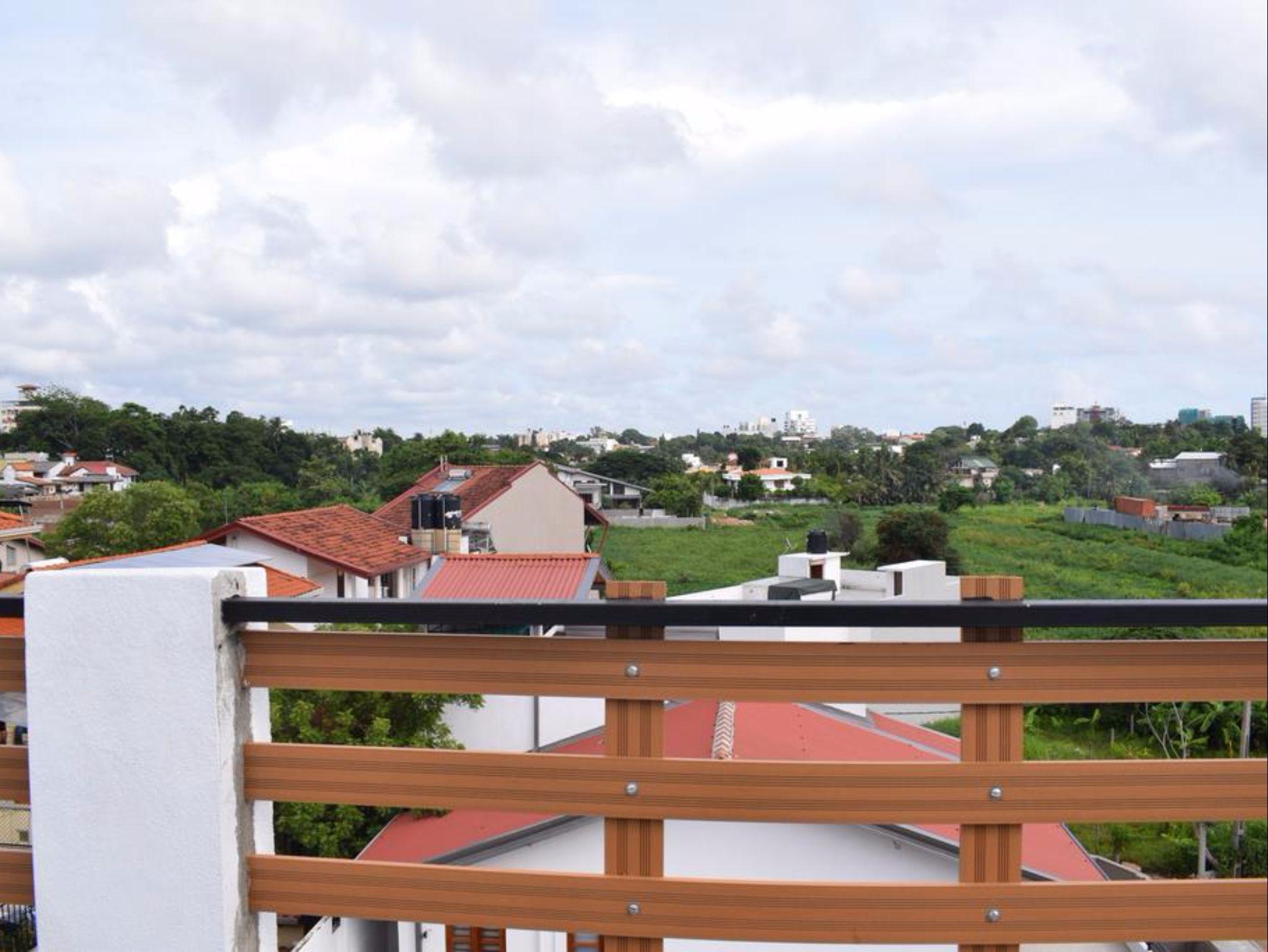 Yoho Kurunduwatta Road, Sri Jayawardanapura Kotte