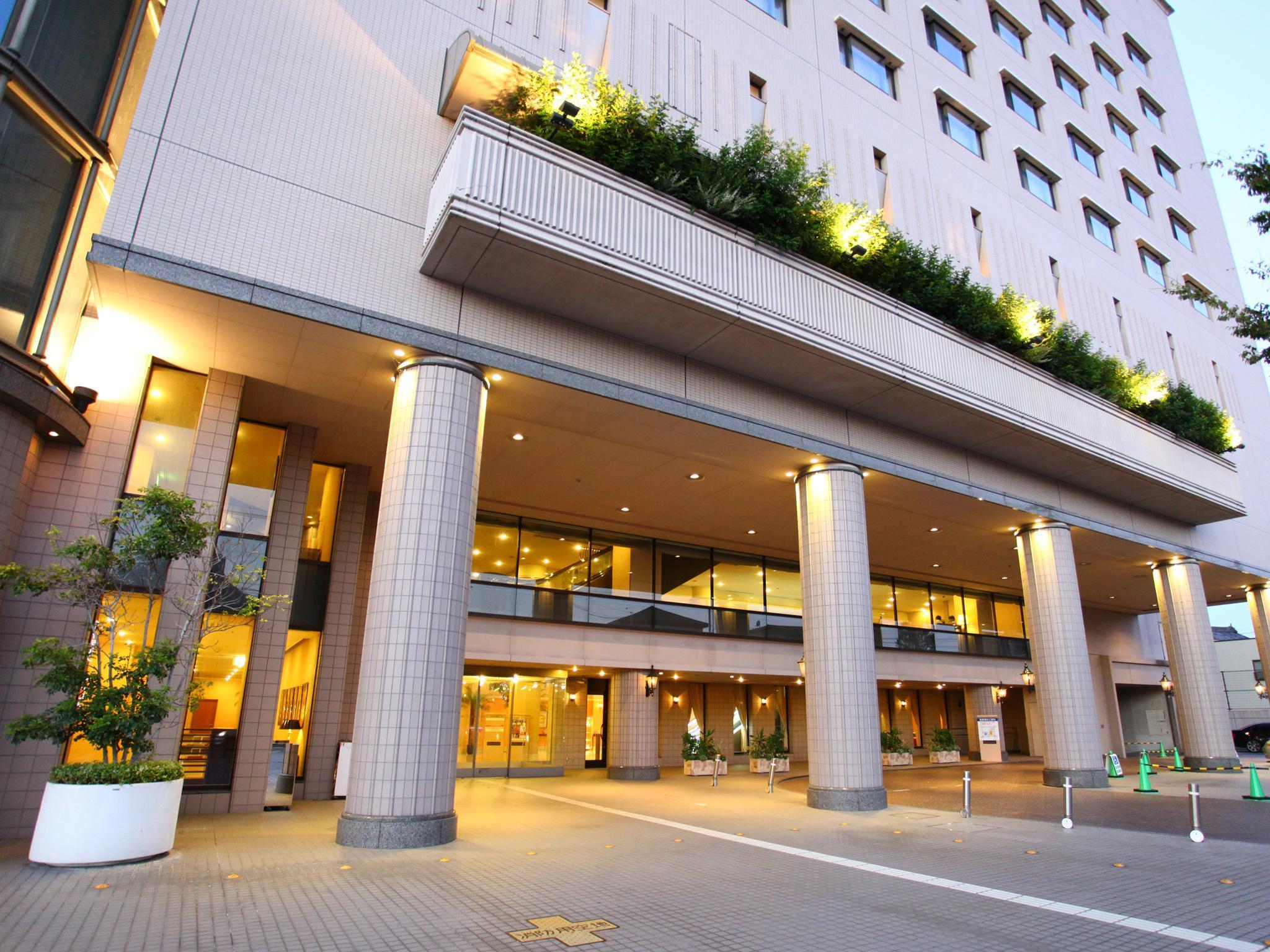 Hotel Crown Palais Chiryu, Chiryū