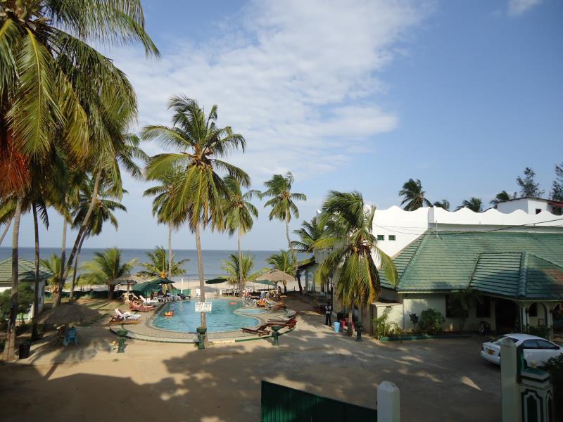 Sea Lotus Park Hotel - Swimming pool