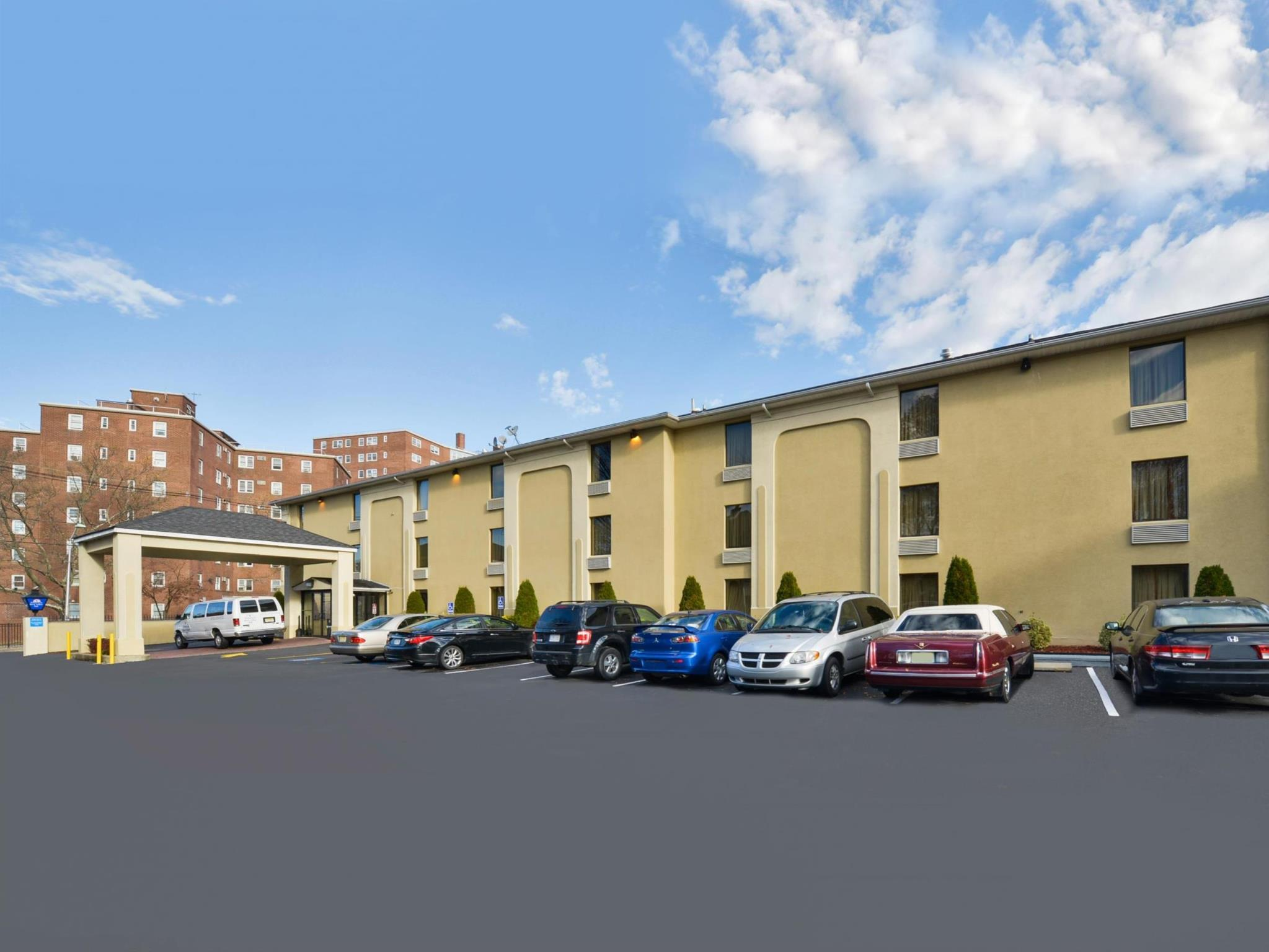 Americas Best Value Inn @ Newark Airport - Irvington, NJ, Essex