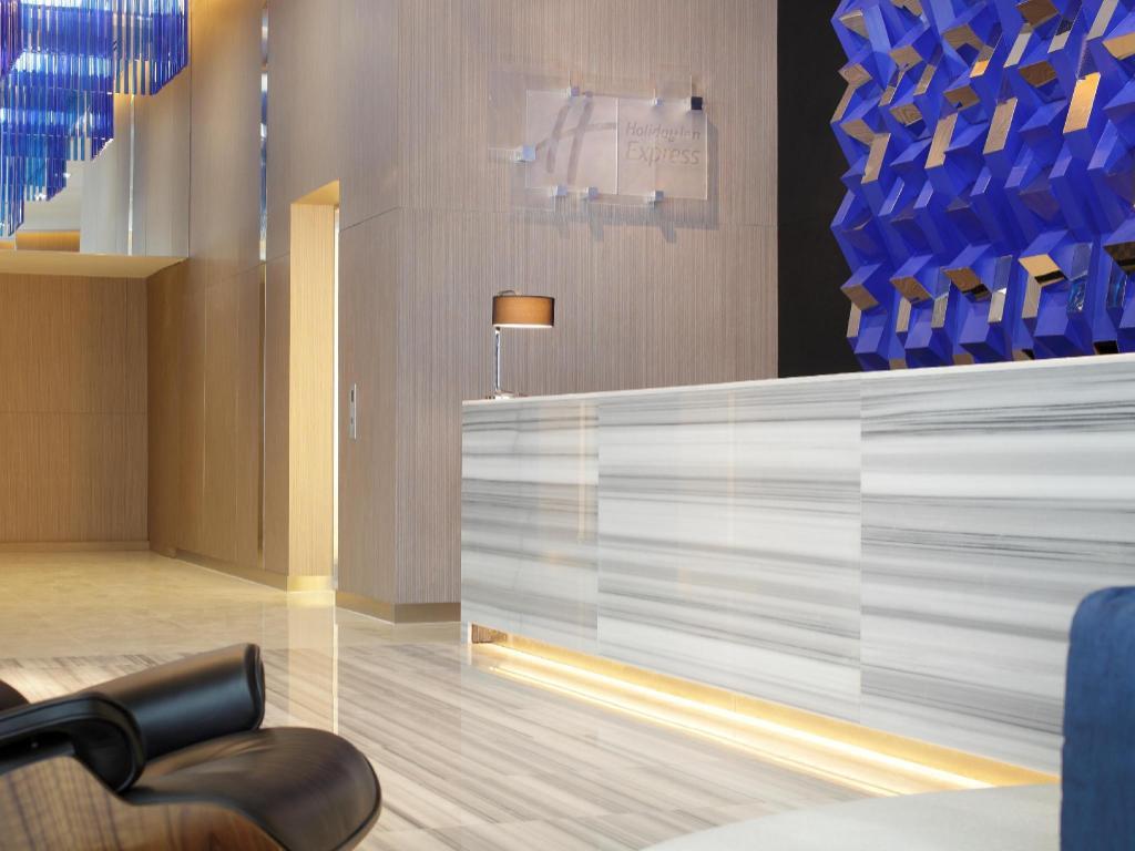 ホリデー イン エクスプレス バンコク サイアム ホテル9