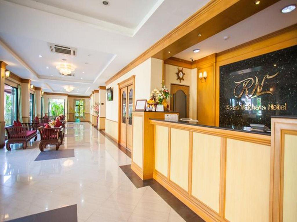 ロイヤル ナクハナ ホテル ノンカイ20
