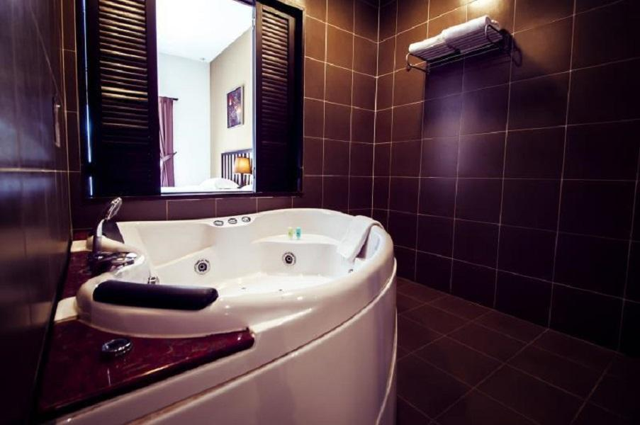 Best Price on Gold Coast Morib International Resort in Banting + Reviews!