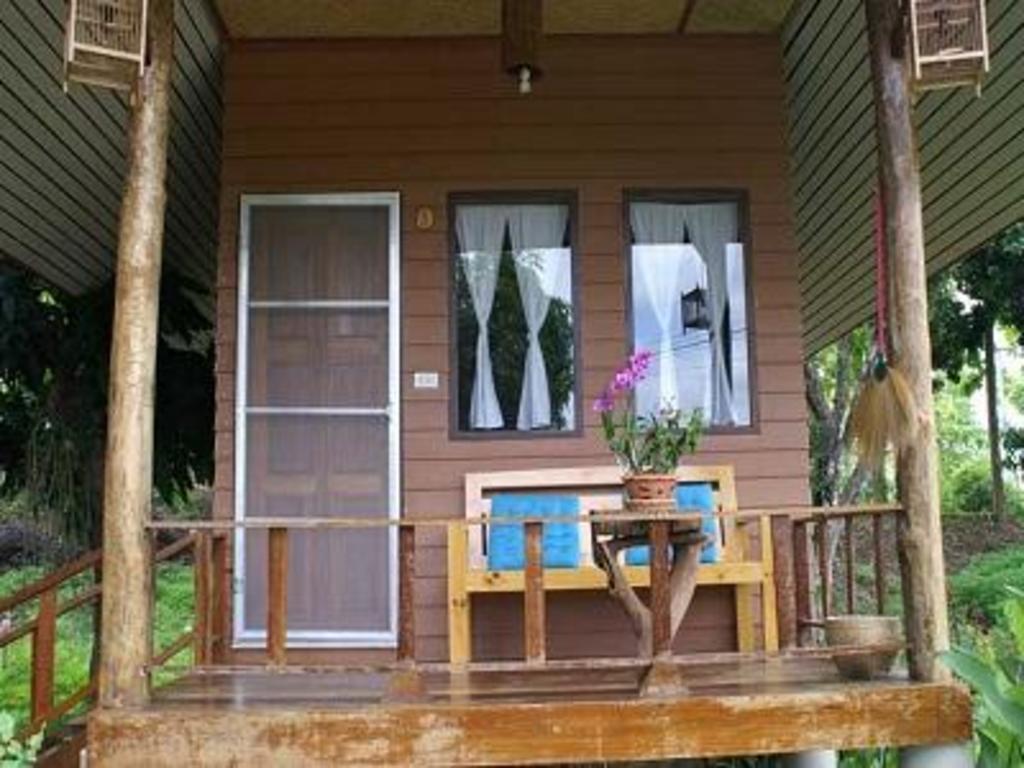 ライチ ガーデン バンガロー2