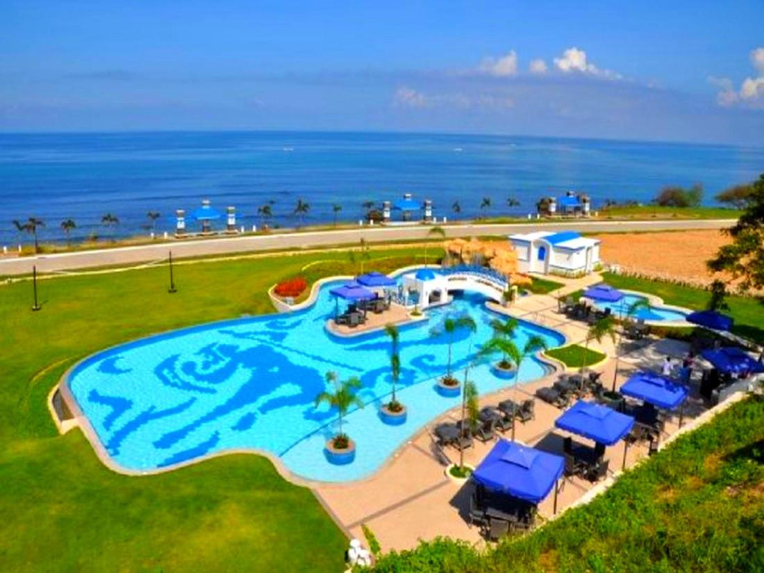 Thunderbird Beach Hotel