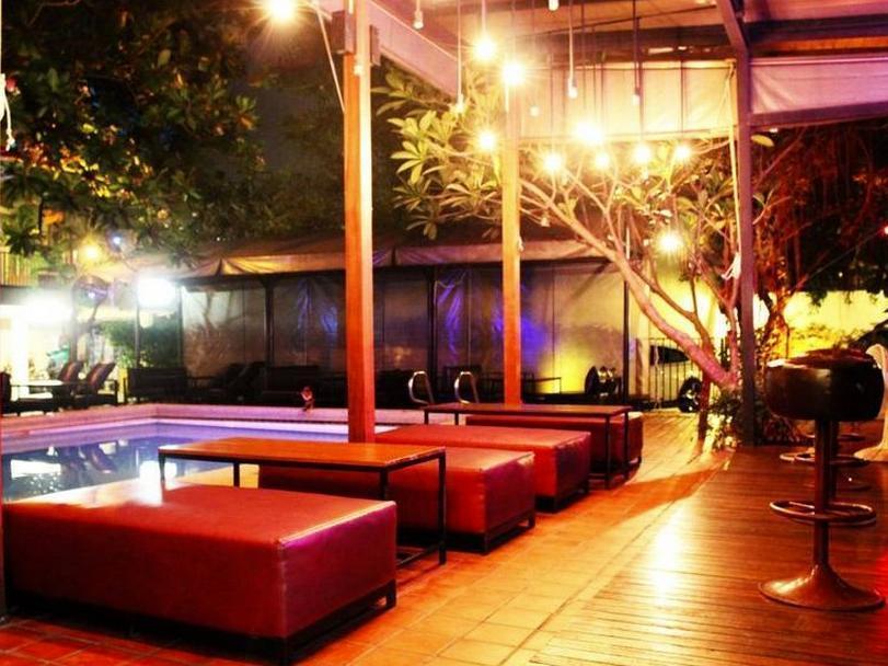 Kaza boutique hotel bangkok for Boutique hotel search