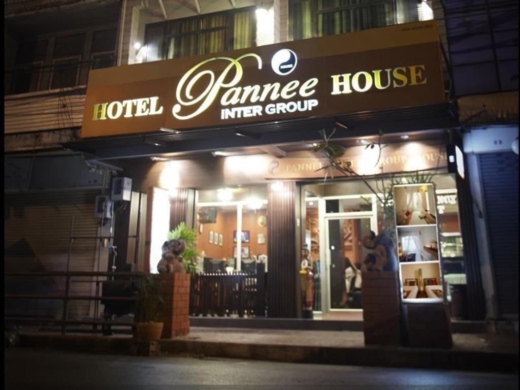 パニー ハウス1