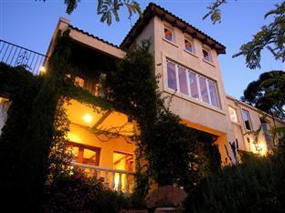 Villa Mallorca, Mornington P'sula - West