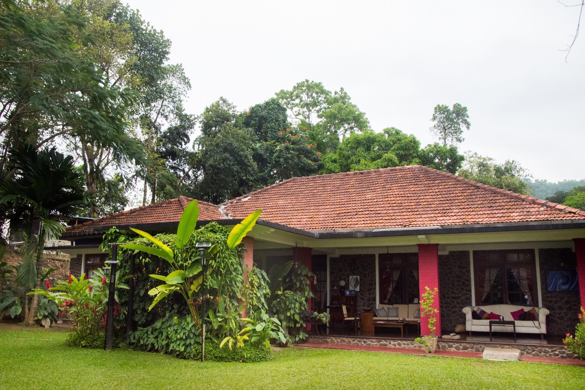 Kandyan Manor, Harispattuwa