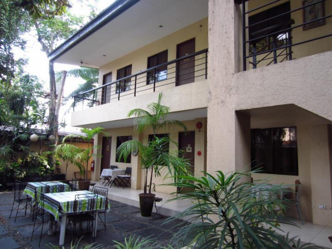 Th Street Bed And Breakfast Bacolod Reviews