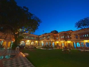 Ravla Bhenswara Hotel, Jalor