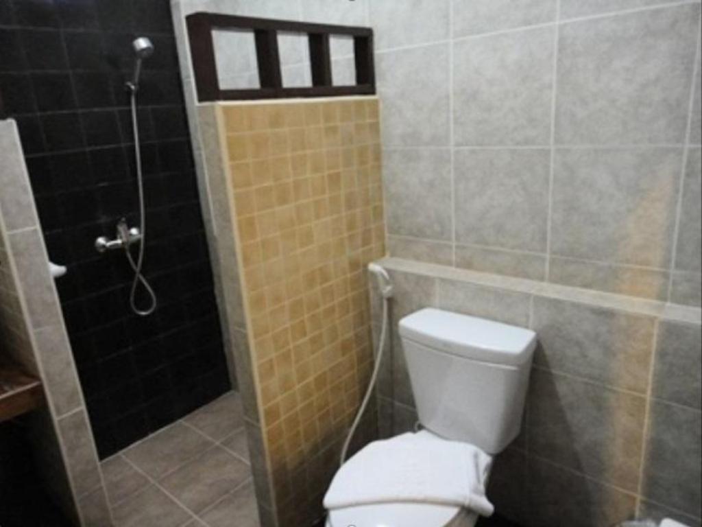 バーン ウォラチャン ホテル アパートメント12