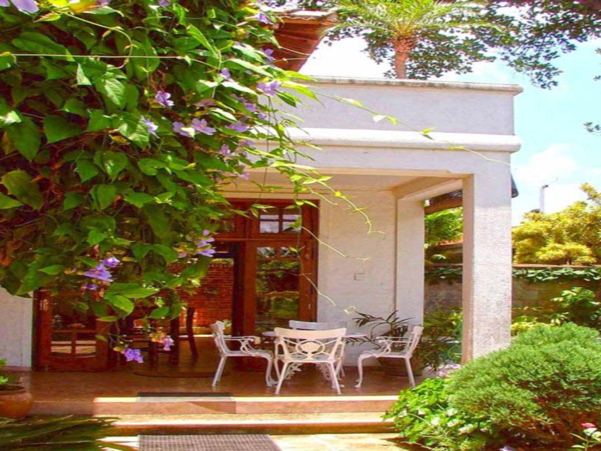 Dove Cottage, Sri Jayawardanapura Kotte
