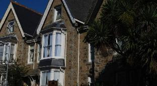 Duporth Guest House
