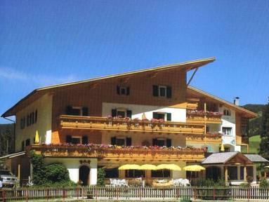 Hotel Ristorante Lech da Sompunt