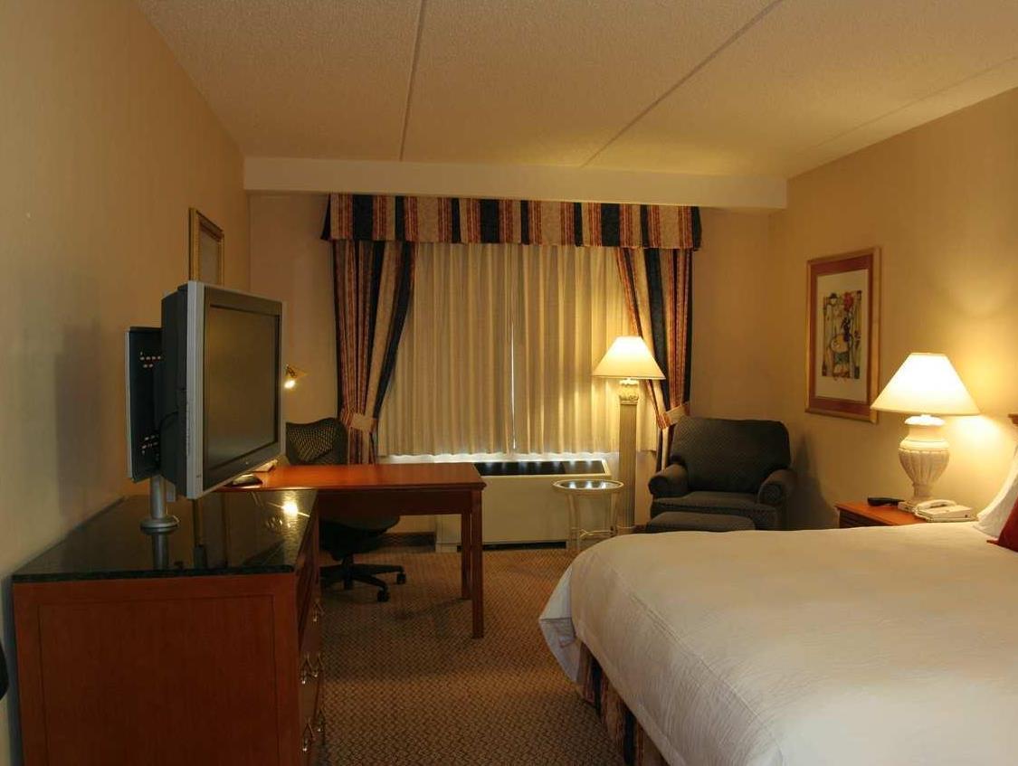 록어웨이 (NJ, 뉴저지주) 여행 호텔, 힐튼 가든 인 락어웨이