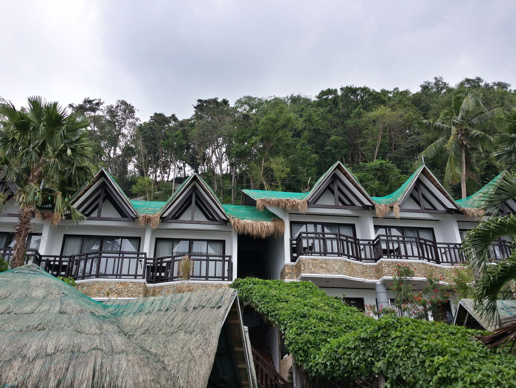 Crystal Blue Resort, Mabini