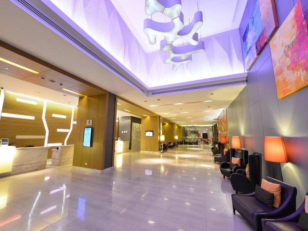 フォー ポインツ バイ シェラトン バンコク スクンビット 15 ホテル19