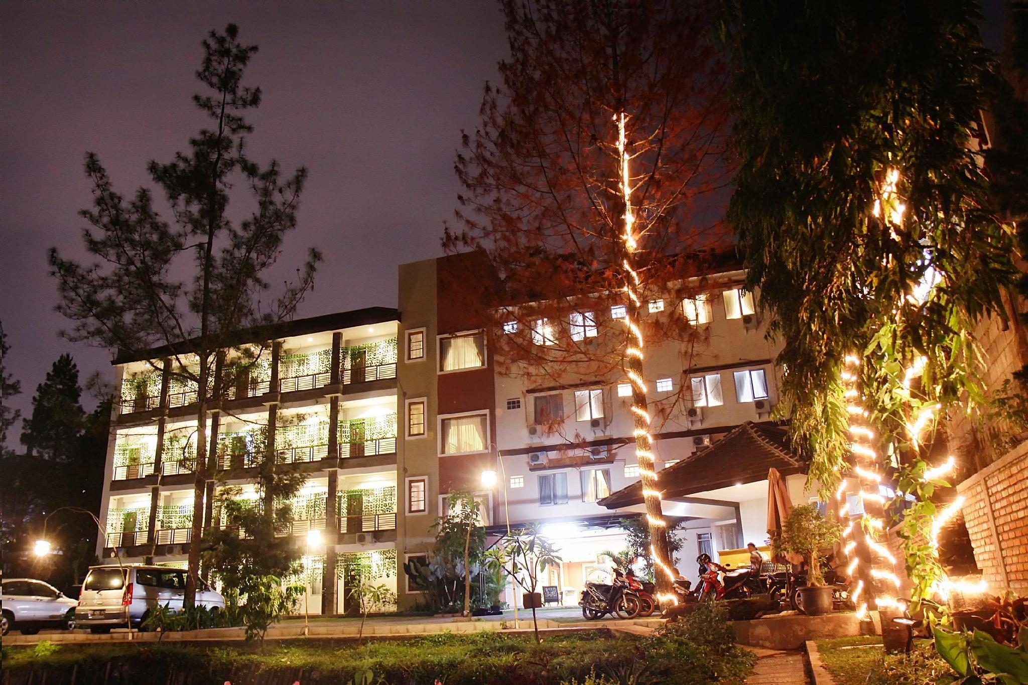 Lotus Bandung Hotel, Cafe, and Meeting Place, Bandung