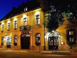 Hotel Aqua Eger, Eger