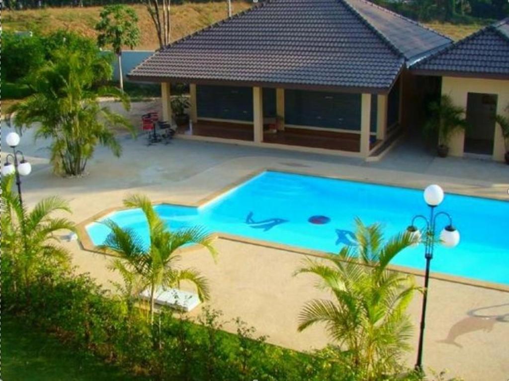 サナドゥ 2008 リゾート2