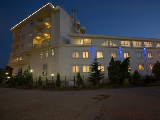 Grand Sakarya Hotel, Merkez