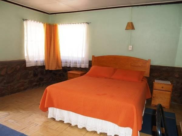Hotel Hostal Quinta Adela