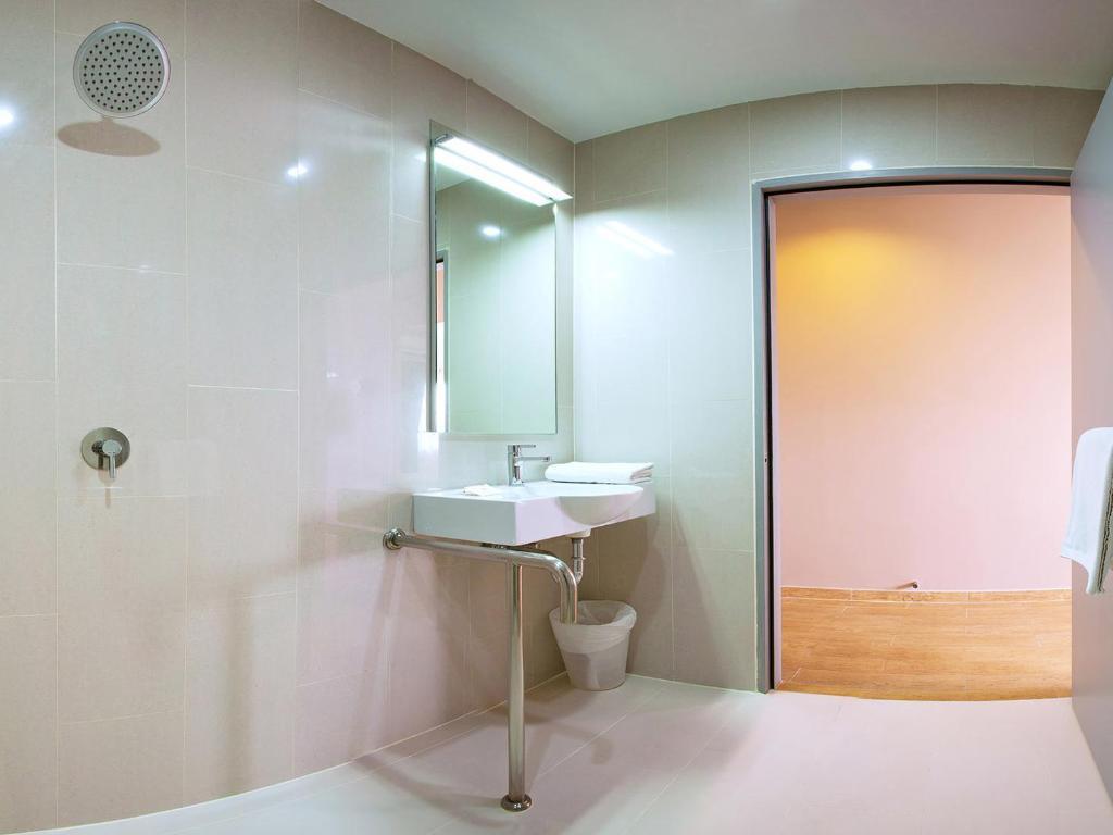 レッド プラネット ホテル アソーク バンコク6