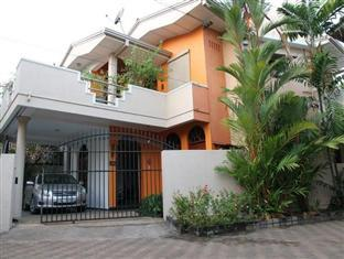 Breeze of Paradise Hotel, Sri Jayawardanapura Kotte