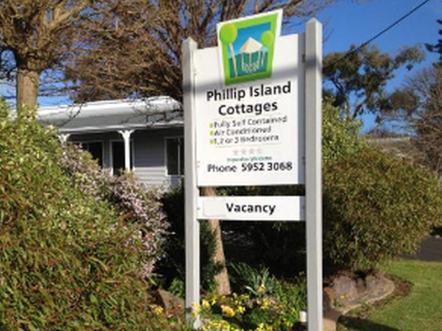 Phillip Island Cottages, Bass Coast  - Phillip Is.