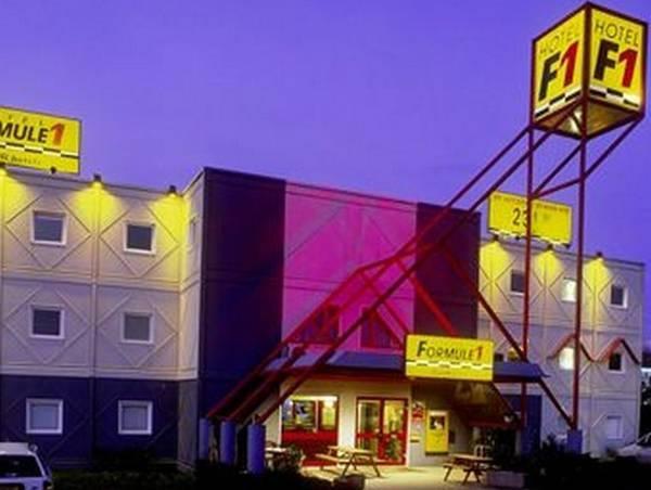 hotelF1 Dole -Jura-