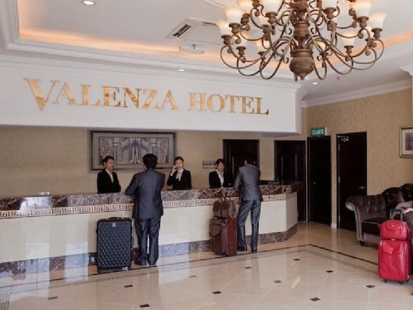 Valenza Hotel & Cafe -