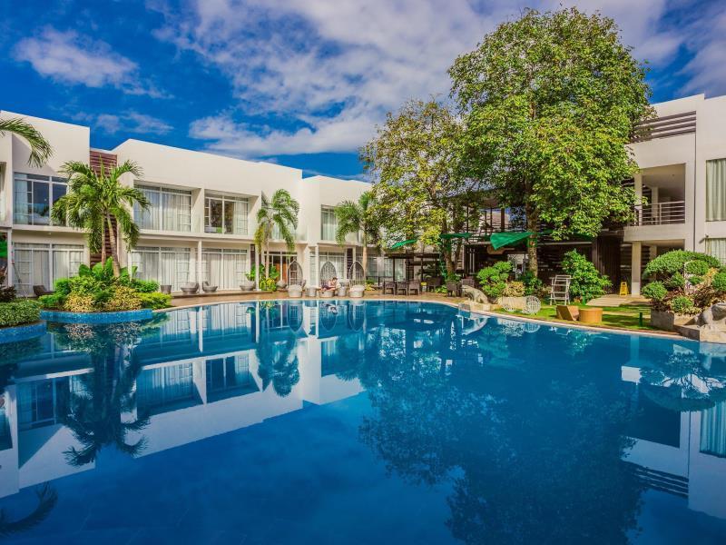 Aziza Paradise Hotel - Swimming pool - photo added 1 year ago