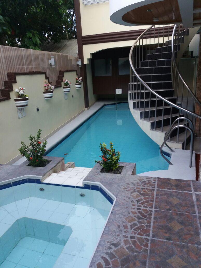 Coolmartin Resort, Bacoor