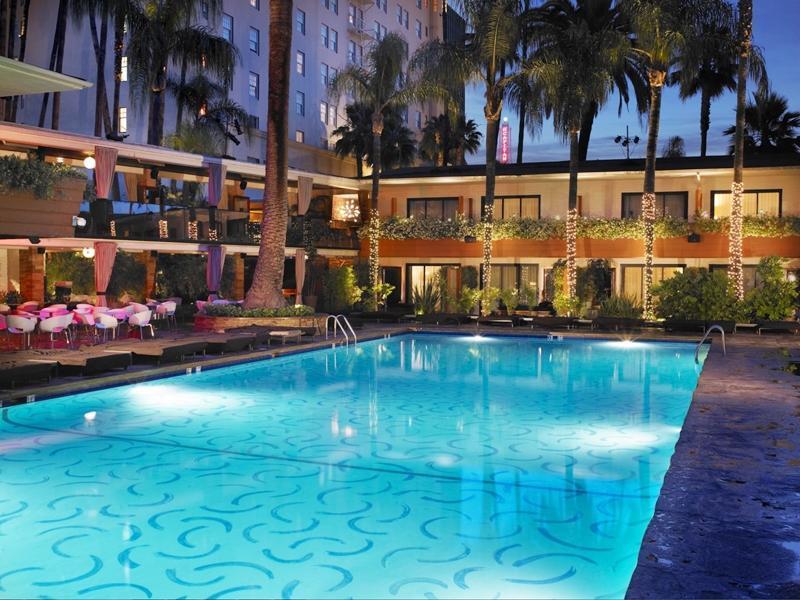 http://pix6.agoda.net/hotelImages/413/4136/4136_14100103300022515073.jpg