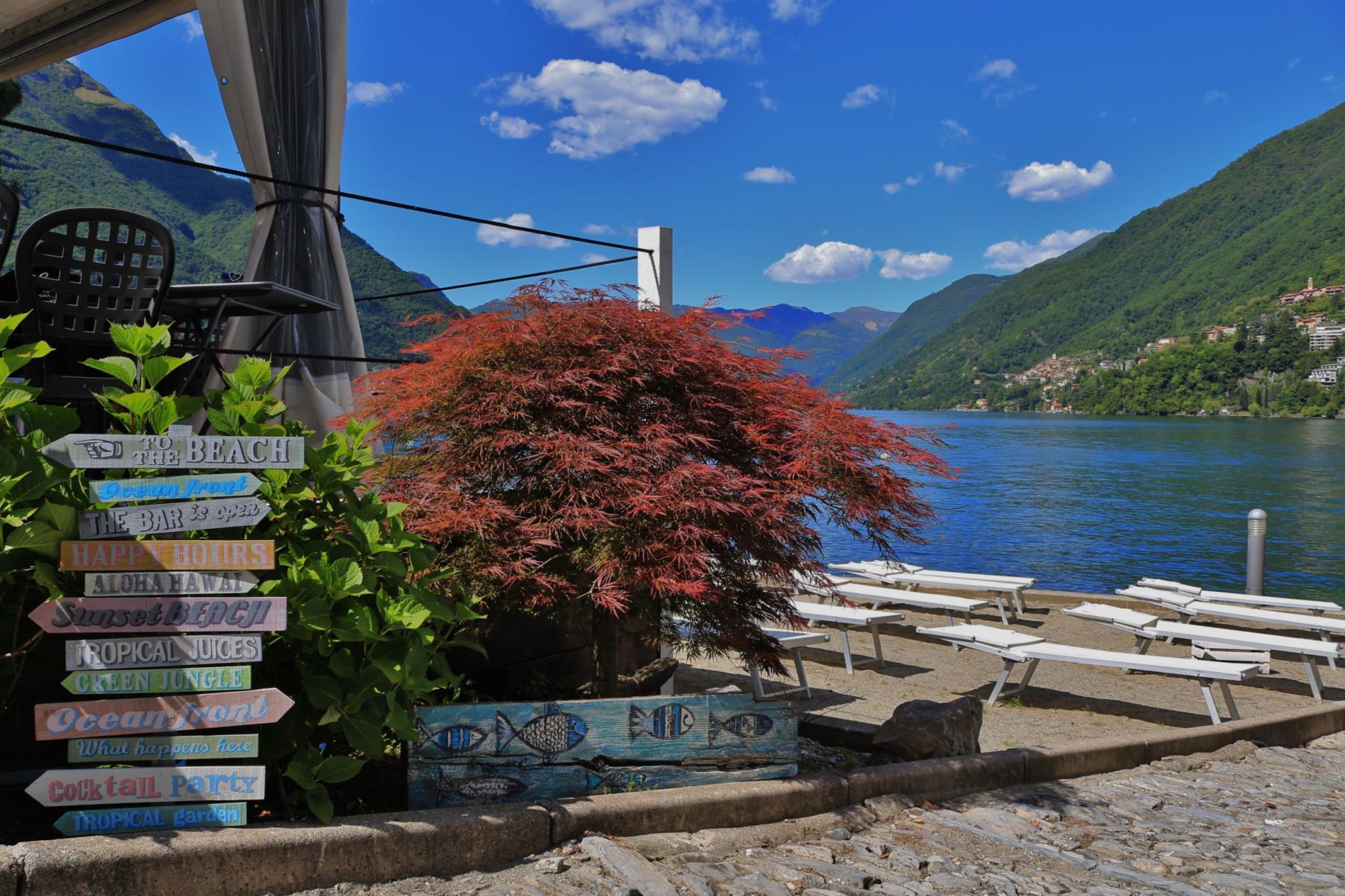 Le Finestre sul Lago, Como
