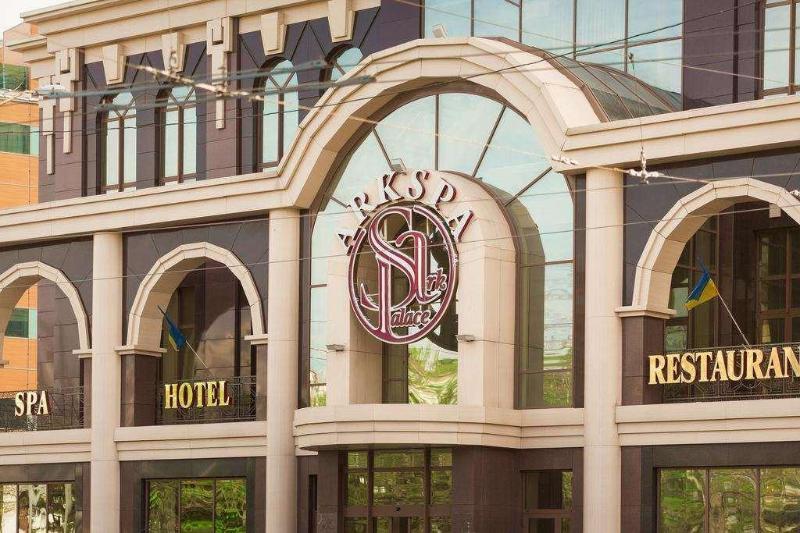 方舟皇宮酒店