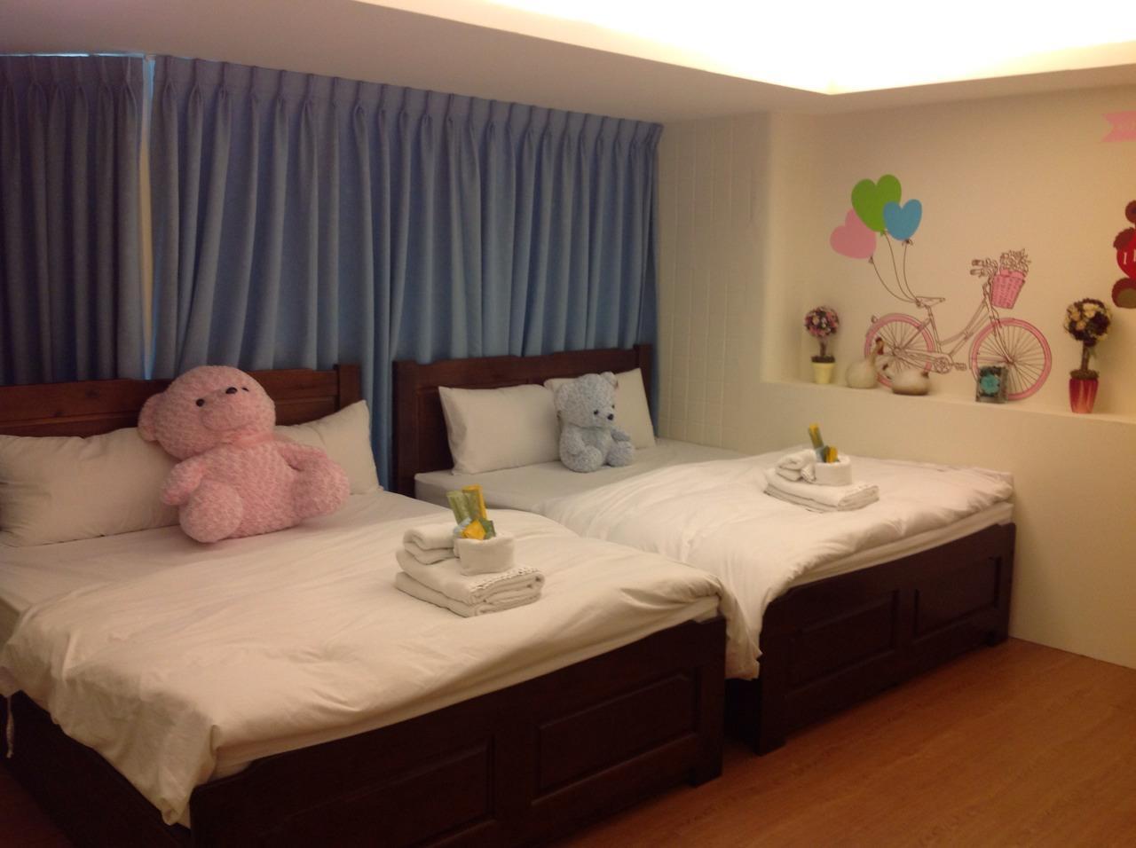Love Fengjia Colorful Hotel, Taichung
