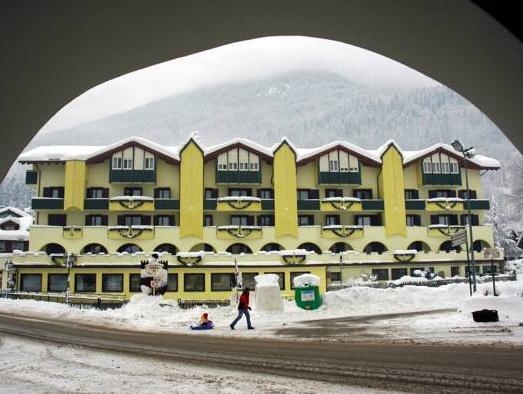 Hotel Mirabello - Hotel con centro benessere in Tr