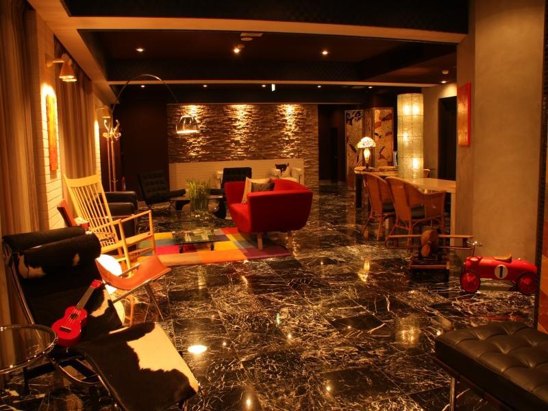 http://pix6.agoda.net/hotelImages/434/434015/434015_13022609140010577001.jpg