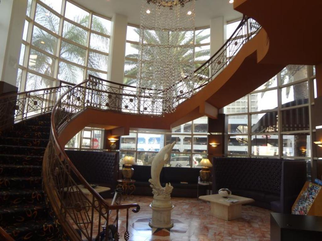 Garden Suite Hotel Los Angeles Reviews