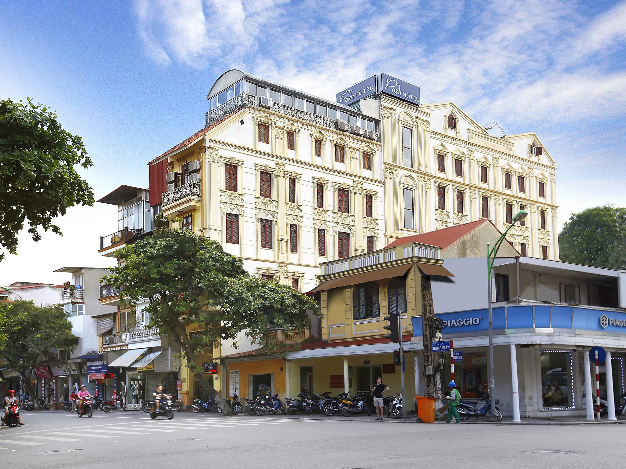 Posh Hotel, Hoàn Kiếm