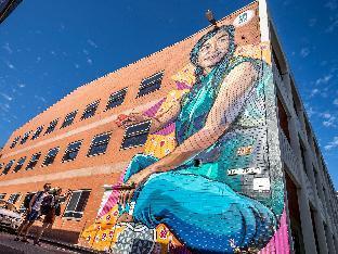 Adelaide Central YHA Hostel