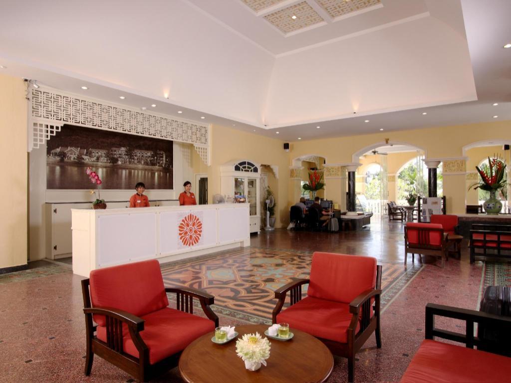 フロント ビレッジ ホテル2