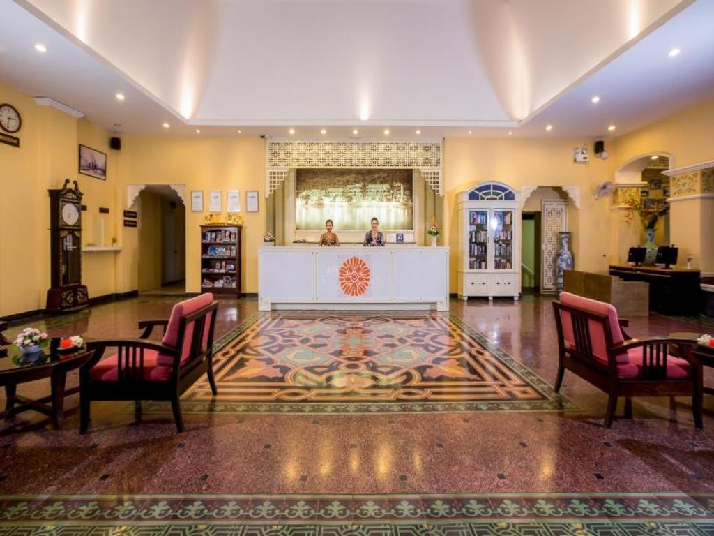 フロント ビレッジ ホテル12
