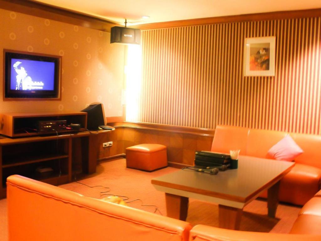 チャルーン タニ コン ゲン ホテル10