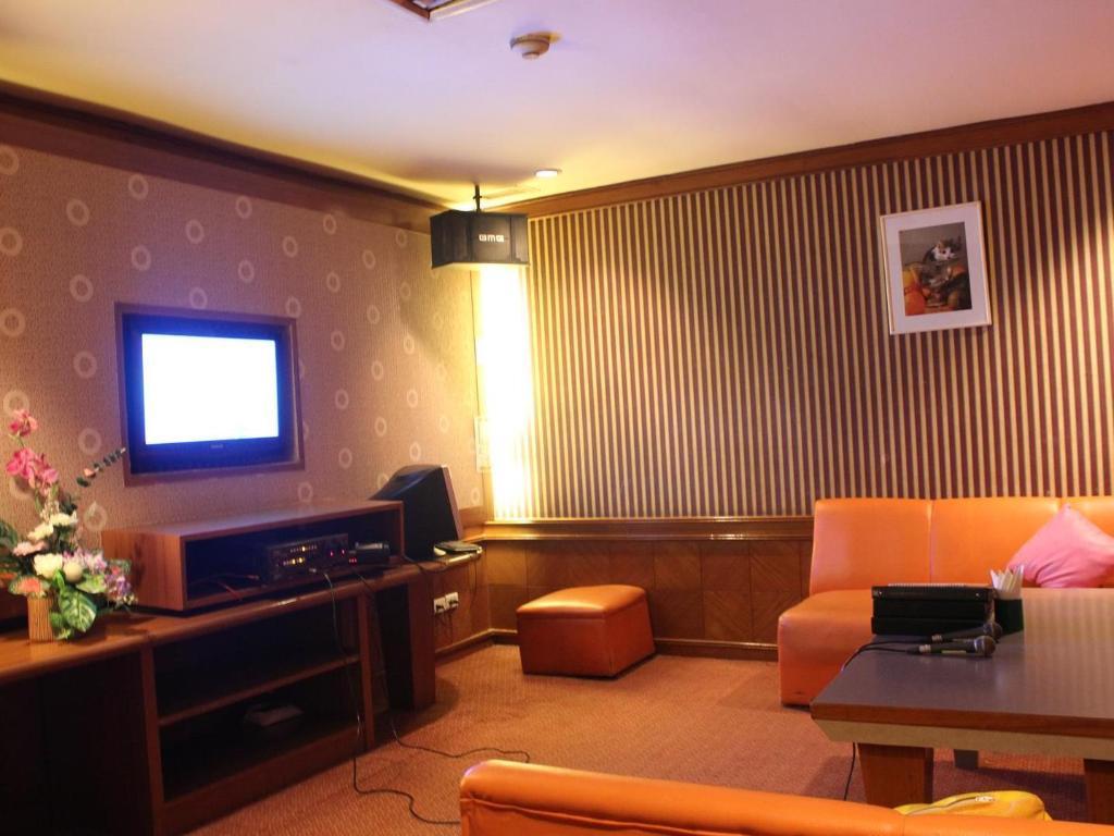 チャルーン タニ コン ゲン ホテル20
