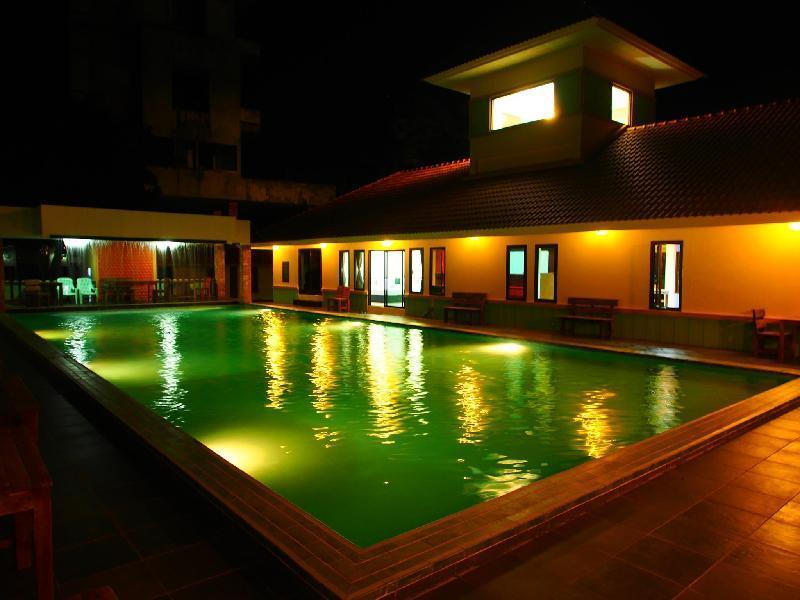 班蘇安伊亞拉飯店
