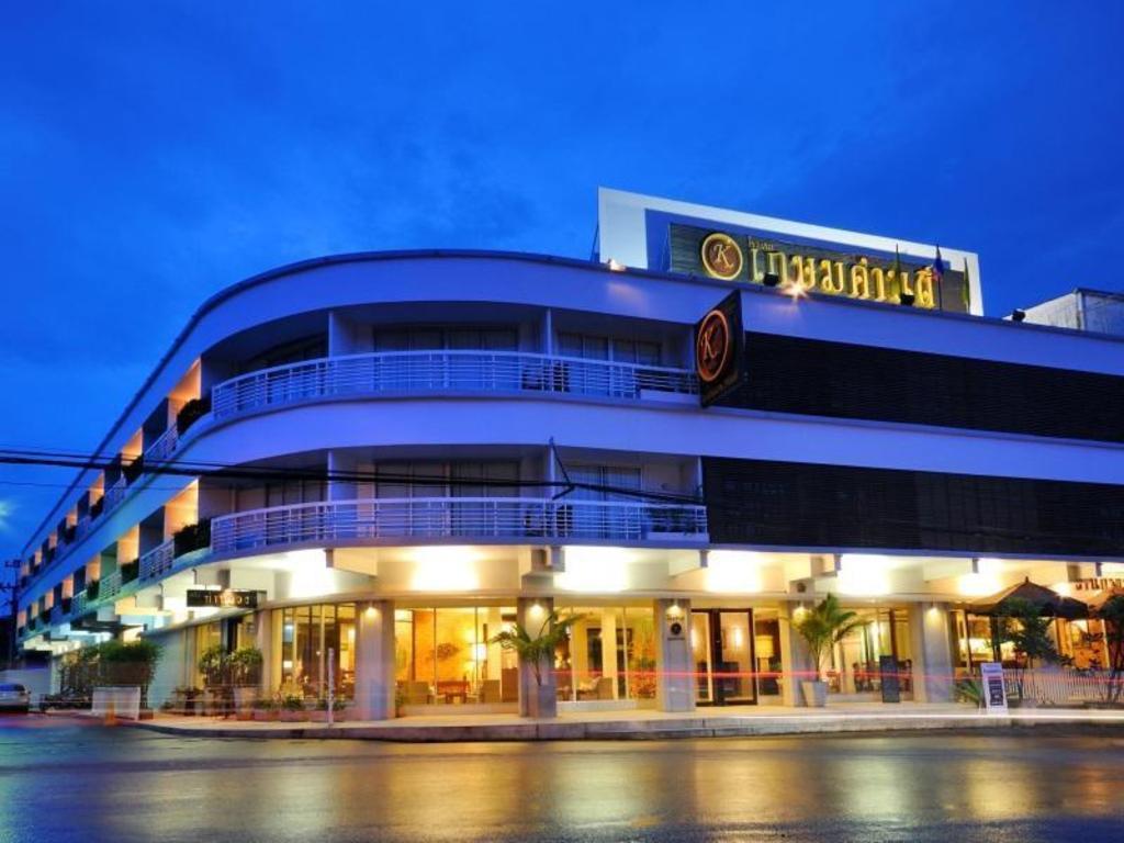 ガセムサン ホテル1